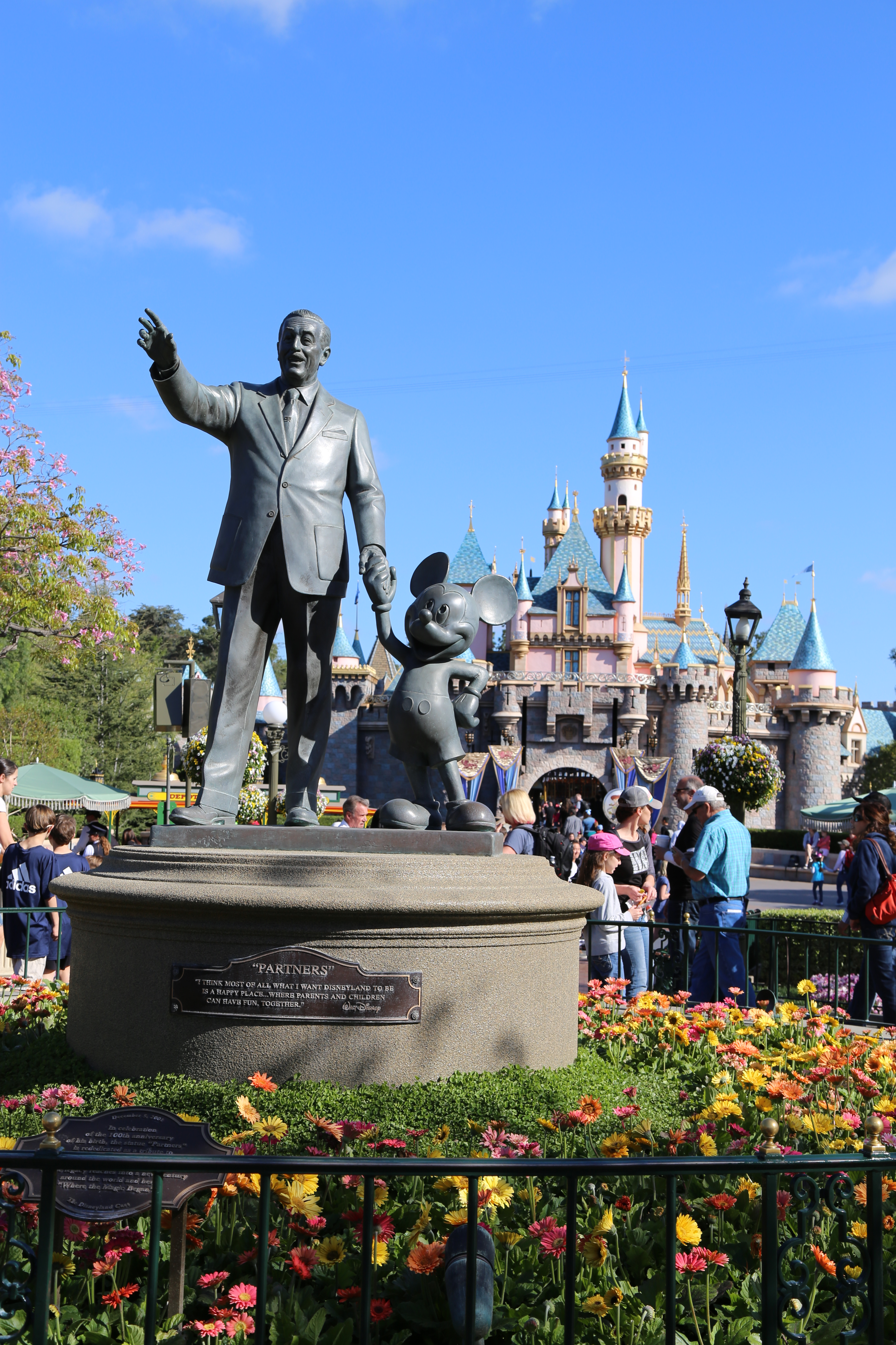 disneyland fun facts interesting facts about disneyland for kids